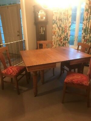 Antique Light Oak Dining Set