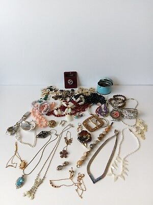 Job Lot Of Costume Jewellery Watches Coinage u0026 A Few Silver Items & JOB LOT OF Costume Jewellery Watches Coinage u0026 A Few Silver Items ...