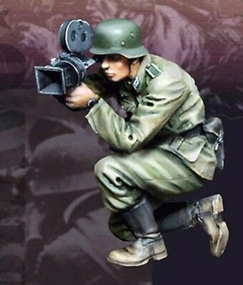 1/35 Resin WWII German War reporter Unpainted BL221