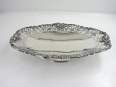 Superb quality 41cm LONG SILVER BREAD DISH, Sheffield 1969 CAKE PLATTER 1130g