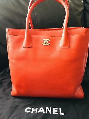 b368a911acbe7c NWT AUTHENTIC CHANEL Executive Cerf Leather Tote - $2,385.00 | PicClick