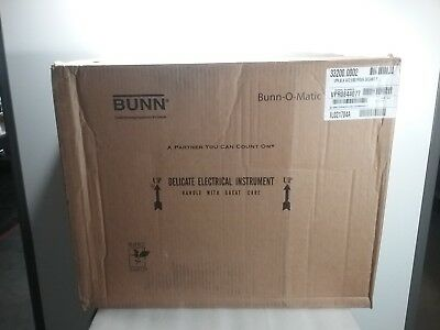 Bunn Coffee Maker 33200.0002  VPR,BLK - Comes with 2 Easy Pour Decanters!