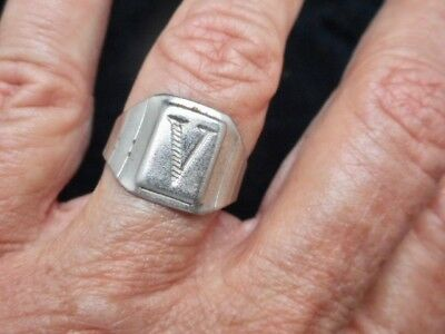 "Authentic Vintage WWII 1940's ""V"" For Victory Ring Size 8 Adjustable"