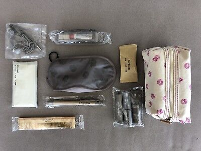 Hawaiian Airlines First Class Amenity Bag Pouch Sig Zane New incl Toiletries