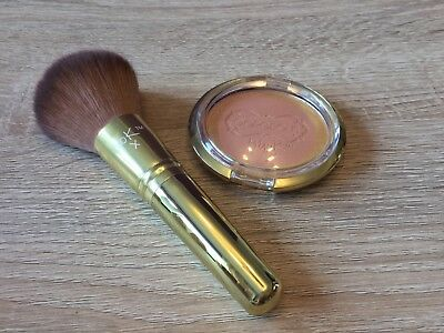 Gorgeous By Gok 9g Décolletage Bronzer And Bronzer Brush. Makeup, Shine, Glow.