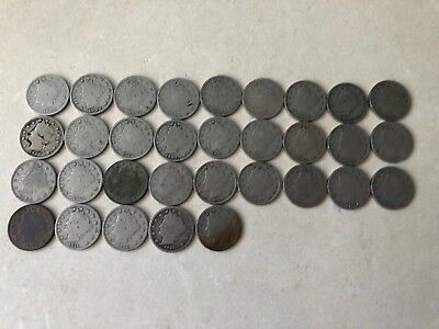 US Coins: Collection of 32 Liberty V Nickels