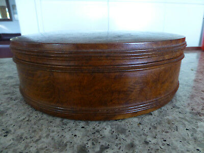 treen vintage walnut Hand Turned Wooden Timber Round Box with lid