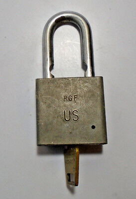Vintage American Lock Co. Series 5200 Us Key Padlock With Key (5105-428)