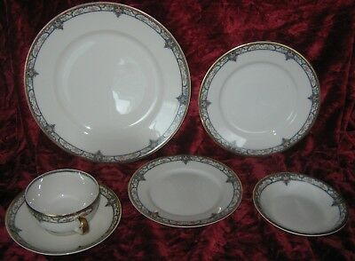 1 - Theodore Haviland Limoges 6 piece place setting (2018-200)