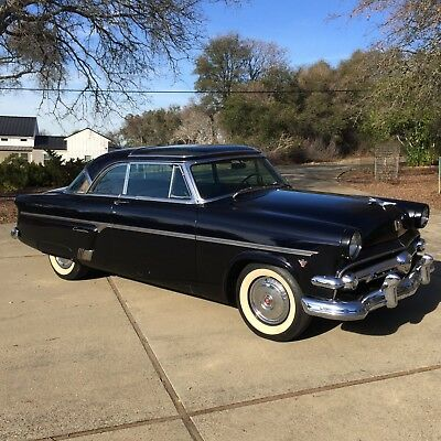 1954 Ford Crestline SKYLINER  1954 FORD CRESTLINE SKYLINER RARE GLASS TOP CAR