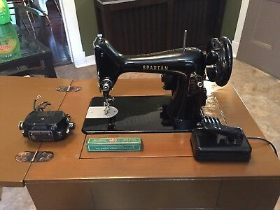 WORKING VINTAGE 40 Singer Spartan 40K Electric Sewing Machine In Beauteous 1960 Singer Spartan Sewing Machine Model 192k