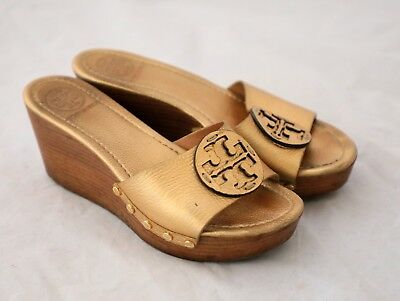 a4ad062e660ad Tory Burch Womens Patti Wedge Slide Open Toe Gold Sandals Leather Heels  Size 8