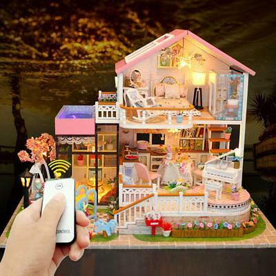 Doll House LED Light Box Cabin Miniature Wooden House Kids Birthday Gift!