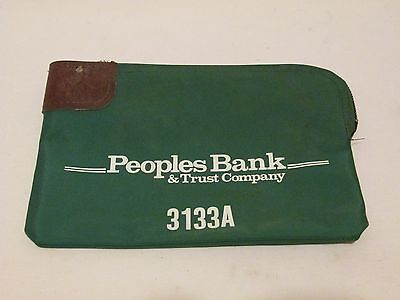 Peoples Bank & Trust Company Green Nylon Bank Deposit Bag 3133A