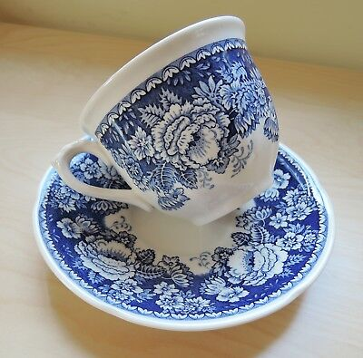 Mason's Ironstone Crabtree & Evelyn Blue and White Teacup Cup Mug Saucer Floral