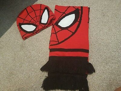 Spiderman Scarf and hat