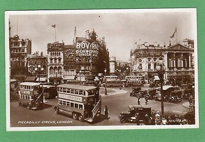 Piccadilly Circus London  Bus RP pc used 1939 Valentines Ref F569