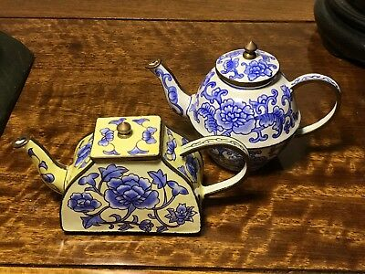 A Pair Of Vintage Chinese Hand Decorated Mini Teapot