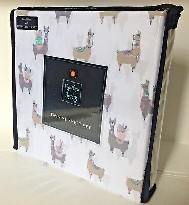 CYNTHIA ROWLEY TWIN XL // Dorm Sheets Llama Print Novelty Sheet