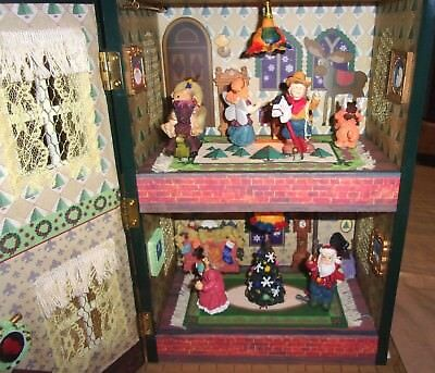 Animated Christmas Light Motion Doll House Music Box Musical 3D Decor in Box