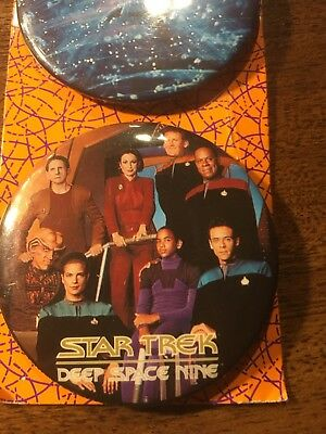 STAR TREK - DS9 Buttons 1992 3 Button Collector Pack