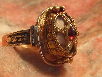 Authentic Ancient Egyptian Scarab encased in GOLD&Ruby Men/Women Ring!