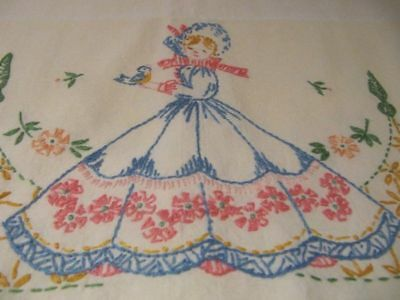 Vintage Southern Bell Embroidered Standard Pillowcases Crochet Edges (2)