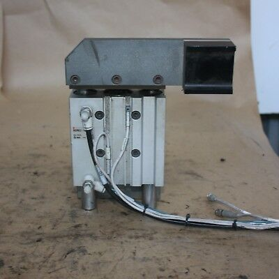 SMC MGPM32-75 MGP COMPACT GUIDE CYLINDER Actuator Ram PNEUMATIC bracket RIGHT