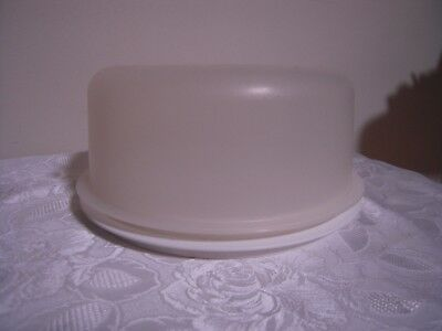 Tupperware Domed Cake Pie taker 1710 carrier storage container seal lid