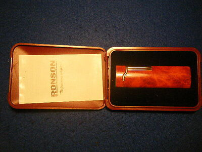 "Accendino  RONSON "" the first name in lighters "" con la sua scatola originale"
