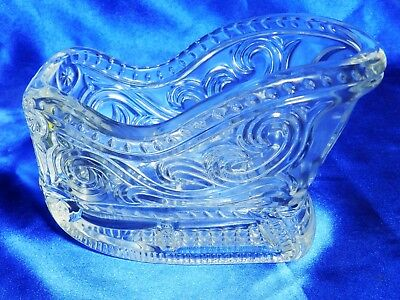Vintage  Avon Crystal Sleigh Centerpiece Mint in Box VT2331