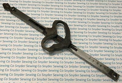 Genuine Vintage Singer 12/12K Sewing Machine Needle Bar Assembly - FREE S/H