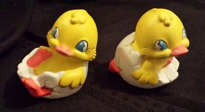 "Vintage 2 Ceramic Easter Eggs Yellow Chicks Ducks Hatching Handmade 2""H"