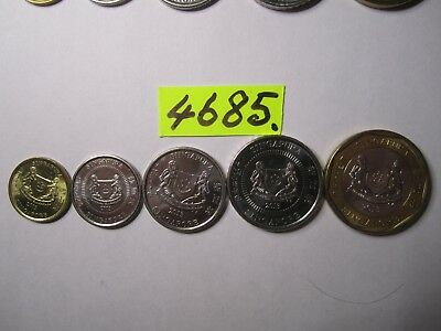 5 x  coins 2013 from Singapore   30     gms      Mar4685