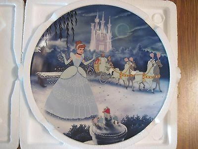 DISNEY CINDERELLA 1ST Plate in Treasured Moments KNOWLES Plate NEW with COA