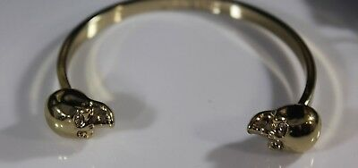 HALLOWEEN GOTH Skull Bikers Gold Tone Bracelet Twin Skull Heads signed JEWELMINT