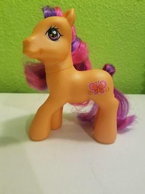 2007 Hasbro My Little Pony G3 Gen 3 Scootaloo Orange Butterfly Mlp 5 99 Picclick Scootaloo, quite round from the days of practice with rainbow, struggled with the last carrot, half of it sticking out of her mouth. 2007 hasbro my little pony g3 gen 3