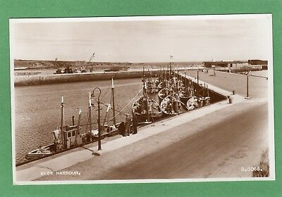 Wick Harbour Trawlers Fishing Boats RP pc unused Valentines Ref L286
