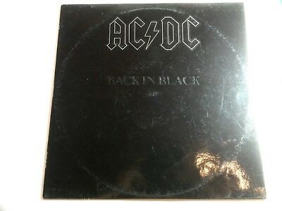 AC/DC Back in Black (Albumtitel als Blindprägung)