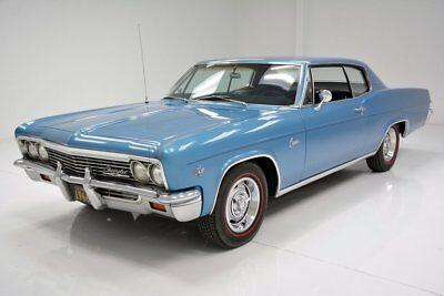 Chevrolet Caprice  Caprice in Laguna Blue Factory A/C Very Nice