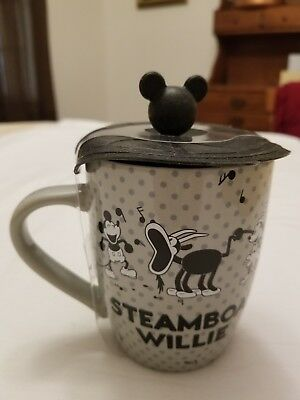 New Disney Parks Mickey Mouse Steamboat Willie Ceramic Coffee Mug / Cup with lid