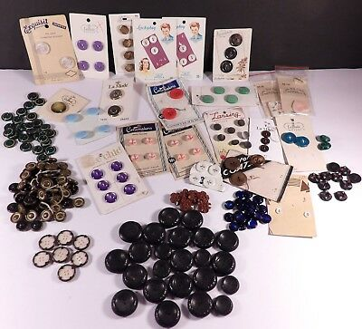 LOT Variety of Vintage carded and loose matching buttons Glass MOP Early Plastic