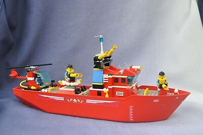 Lego System Boats - Fire Fighter Boat - set 4031 - Vintage in good cond for age!