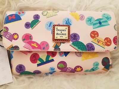 Disney Dooney & Bourke princess I am princess wristlet Walt Disney World