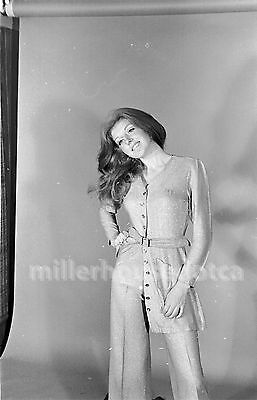 "1971 ""Jackie"" Model Original Gauvreau B&W PIN-UP Fashion 35mm Film Negative #4"