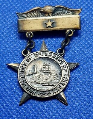WWI Badge For Mothersof Defenders Son In Service Badge
