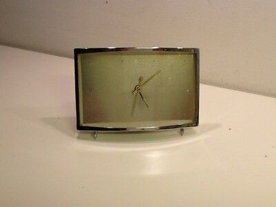Vintage Retro Chrome Rectangle Desk/Mantel Clock, wind up, luminescent hands