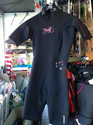 Wet suit Crystal black pink Girls Spring Kids size J4 fits 5 to 6 year olds.