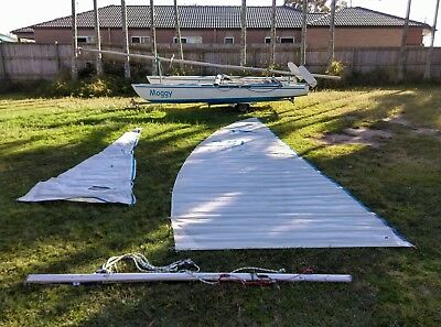 16ft Hydracat Catamaran + trailer with *6months rego!* sail boat Hobie Cat style