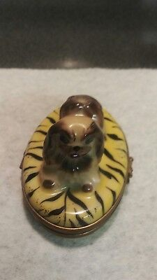 LIMOGES FRANCE Peint Main PUPPY DOG Hinged Trinket Box